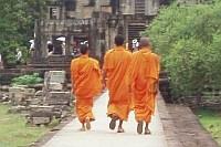 szerzetesek